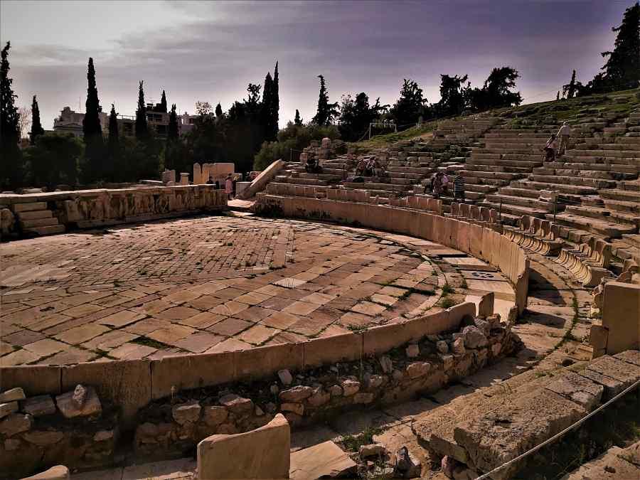 dibujo de las partes del teatro de Dionisio por su autor y arquitecto