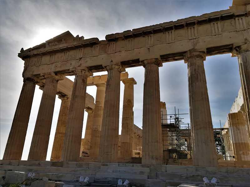 analisis y comentario de la fachada del Partenon de Atenas en Grecia